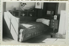 PHOTO ANCIENNE - VINTAGE SNAPSHOT - INTÉRIEUR LIT CHAMBRE RADIO TSF - BEDROOM