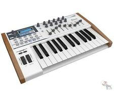 Arturia Keylab 25 Key Compact MIDI Keyboard Controller Synthesizer w/ Software