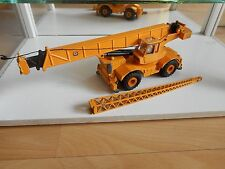 NZG Grove RT760 Mobile Crane in Yellow on 1:55