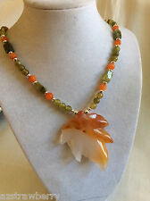 silver tone metal green Garnet Carnelian Agate maple leaf pendant beads necklace