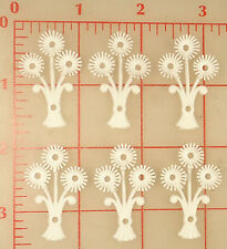6 vintage white flexible plastic 3 flowers bouquet with 4 holes 39mm x 25mm