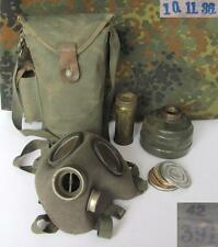 WWII 1942 ORIGINAL GERMAN GAS MASK w/CANVAS POUCH RARE