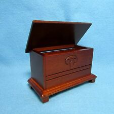 Dollhouse Miniature Trunk / Blanket Chest ~ Wood with Mahogany Stain WF111