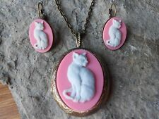 PALE GRAY CAT ON PINK CAMEO LOCKET and FRENCH EARRINGS SET) - BRONZE