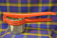 Vintage Red Handled Potato Masher/Ricer in Verey Good Condition-NICE