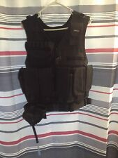 TACTICAL LAW ENFORCEMENT TYPE VEST HOLSTER AMMO POUCH WITH CAMEL BACK USED