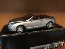 1:18 MINICHAMPS BENTLEY CONTINENTAL GTC SILVER BURGUNDY