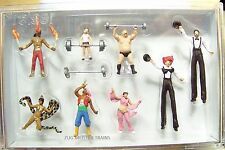 HO Preiser 24656 Eight Circus Sideshow Performer Figures