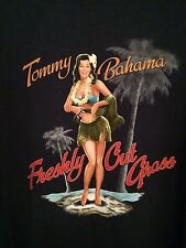 NEW MENS Christmas TOMMY BAHAMA Freshly Cut Grass Pin-Up T-SHIRT SMALL S