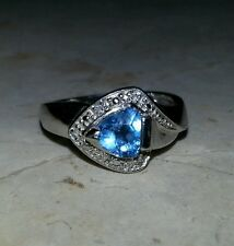 Triangle Deep Blue Topaz & Diamonds 14kt White Gold Ring. Gorgeous & Stunning!
