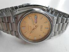 VINTAGE SEE THROUGH SEIKO 5 JAPAN DAY DATE FEATURE MENS AUTOMATIC WRISTWATCH