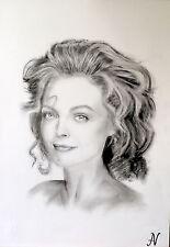 Michelle Pfeifer - ritratto portrait grafite e carboncino cm. 33 x 48