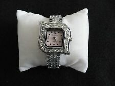 Montres Carlo Ladies Quartz Watch with a Pretty Band