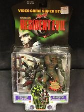 RESIDENT EVIL CAPCOM TOY BIZ HUNTER AND CHIMERA ACTION FIGURE SET VIDEOGAME NIB