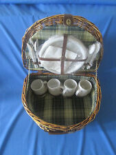 Picnic Hamper Basket Wicker Four Place Settings
