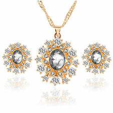 Stunning White 18k Gold Plated Diamante Crystal Necklace Pendant and Earring Set