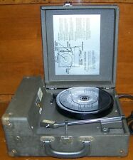"Vintage ""The Voice of Music"" (Model 270-0) Portable Record Player Turntable READ"