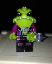 ☀️ ALIEN TROOPER Lego Mini Figure with Blaster 7051 Alien Conquest 7049 7066