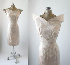 Vintage 50's Atomic Petal Bust Cream Brocade Cocktail Party Wiggle Dress Xs