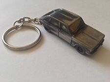 Renault 16 ref206 FULL CAR on a split-ring keyring