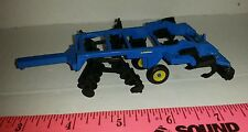 1/64 CUSTOM LANDOLL 7 SHANK DISK RIPPER WITH ROLLING BASKETS ERTL FARM TOY