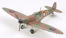 Tamiya 60748 1/72 Supermarine Spitfire Mk.1 Model Kit