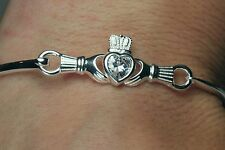 Claddagh Celtic Style Sterling Silver 925 Ladies Brand New Bangle Solid Bracelet