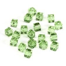10pcs green 8mm Faceted Square Cube Cut glass crystal Spacer beads