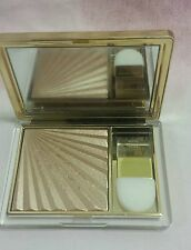 Estee Lauder Illuminating Powder Gelee in 01 Heat Wave