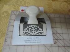 NIP Martha Stewart Deep Edge Punch Scallop Snowflake Christmas Holiday