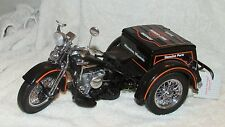 Frankli Mint 1947 Harley Davidson servi-car Cycle with CofA ad Accessories LNIB
