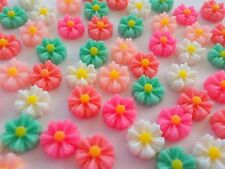 100! Pretty Daisies - Daisy Mix Resin Flatback Flower Embellishments - 8mm/0.4""
