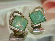Very Pretty Vintage 1950's Confetti Lucite Earrings  1572s