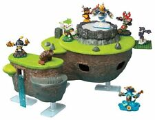 Skylanders FunPlay HideAway Skylands Interactive Playset & Figure Storage