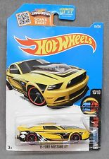 2016 Hot Wheels 65/250 '13 Ford Mustang GT - F Case