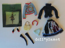 "Jun Planning J-DOLL FASHION "" STROGET "" Collectible 10"" clothes shoes purse"