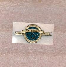Pee-Wee Hockey Tournament Gatineau Quebec Canada Official Pin Old