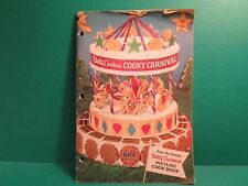 """Vintage 1957 Betty Crocker's """"Gold Medal"""" Picture Cook Book"""