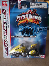 Power Rangers Dino Thunder 1:64 Die Cast Metal Body YELLOW RAPTOR CYCLE  NIP