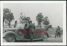 PHOTO WW2 1940 WEHRMACHT MERCEDES CABRIO CABRIOLET SEDAN ARDENNES MOTARD BIKER