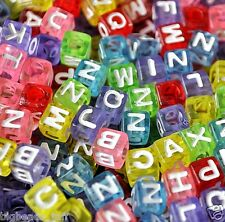 100pcs Cube Assortiment Coloré alphabet lettre acrylique perles 6mm
