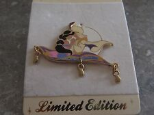 DISNEY STORE EUROPE PIN ALADDIN AND PRINCESS JASMINE ON THE MAGIC CARPET DANGLE