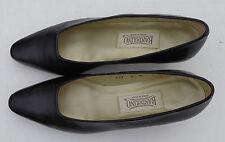Bandolino  womens black leather  heel shoes size 8 1/2 M