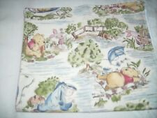 Burp cloth Disney Winnie the Pooh color toile Pooh's day in the park