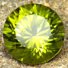 PERIDOT-ARIZONA 2.56Ct COLLECTOR GRADE-CLARITY SI1-LIME GREEN COLOR-READ!