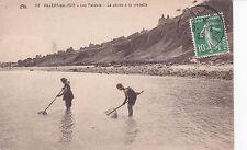 VILLIERS-SUR-MER 52 les falaises la pêche à la crevette timbrée 1923