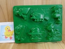 Disney PHINEAS AND FERB Jello Mold Makes 6 Shapes Party Shots Green 2012
