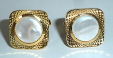 A VINTAGE PAIR OF GOLD TONE T-BAR CUFFLINKS WITH MOTHER OF PEARL