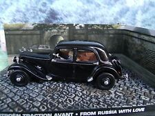 1/43 Citroen traction avant James Bond FROM RUSSIA WITH LOVE 007 series  diorama
