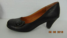 Kenneth Cole Gentle Souls Women's 8 Brown Rounded Toe Chunky Heel Pumps
